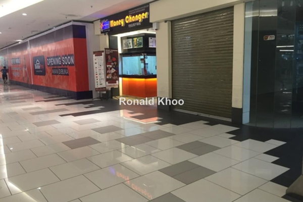 For Sale Shop at The Summit, UEP Subang Jaya Leasehold Unfurnished 0R/0B 1.55m