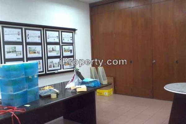 For Sale Shop at PJS 11, Bandar Sunway Leasehold Unfurnished 0R/0B 3.2m