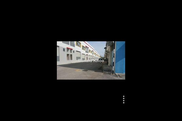 For Sale Shop at Bandar Pinggiran Subang, Subang Leasehold Unfurnished 0R/0B 700k