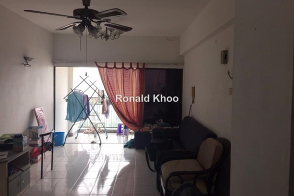 For Sale Condominium at Ehsan Ria, Petaling Jaya Leasehold Unfurnished 3R/3B 610k
