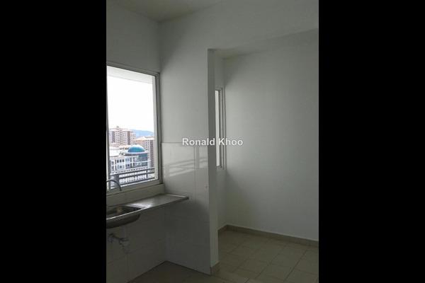 For Sale Condominium at Zenith Residences, Kelana Jaya Leasehold Unfurnished 3R/2B 640k