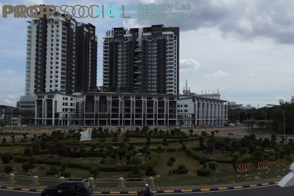 For Sale Condominium at Selayang 18, Selayang Leasehold Semi Furnished 2R/2B 590k