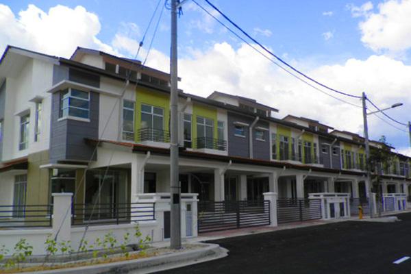 For Sale Terrace at Taman Cheras Idaman, Bandar Sungai Long Leasehold Semi Furnished 4R/3B 751k