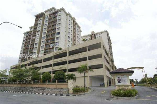 For Sale Condominium at Ampang Prima, Ampang Leasehold Semi Furnished 3R/2B 380k