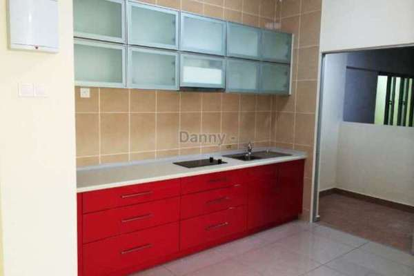For Sale Condominium at OUG Parklane, Old Klang Road Freehold Semi Furnished 3R/2B 380k
