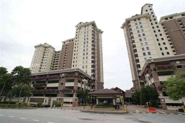 For Sale Condominium at Casa Indah 2, Tropicana Leasehold Semi Furnished 2R/2B 700k
