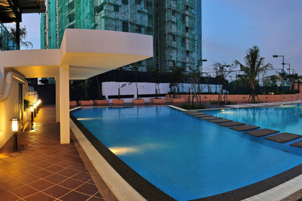 For Sale Condominium at Gardenview Residence, Cyberjaya Freehold Semi Furnished 3R/2B 600k