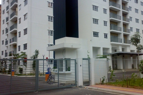 For Sale Condominium at Suria Jelatek Residence, Ampang Hilir Leasehold Semi Furnished 3R/2B 710k