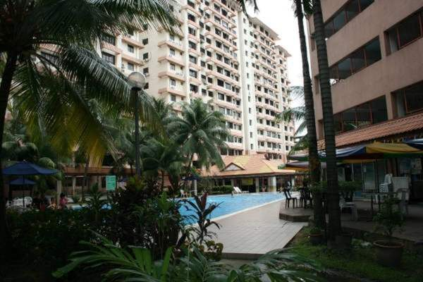 For Rent Condominium at Bayu Tasik 2, Bandar Sri Permaisuri Leasehold Unfurnished 3R/2B 1.3k
