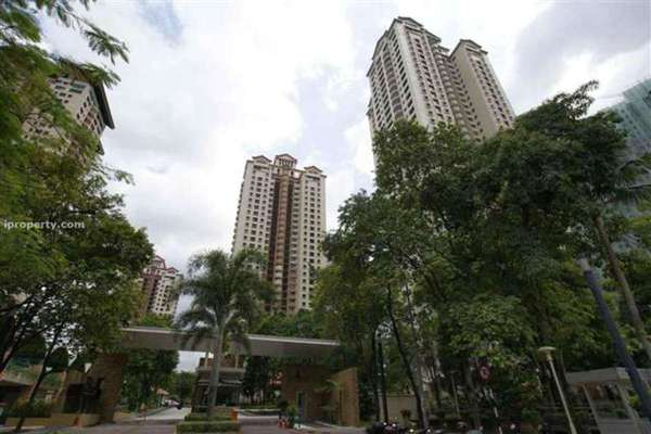 For Rent Condominium at Mont Kiara Pines, Mont Kiara Freehold Semi Furnished 3R/2B 3.2k