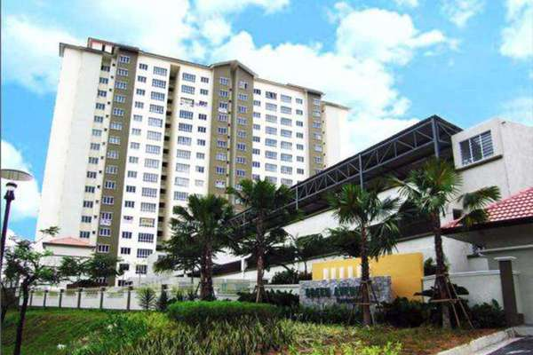 For Rent Condominium at Green Avenue, Bukit Jalil Freehold Semi Furnished 4R/2B 1.3k