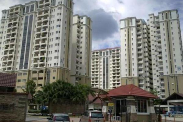 For Rent Condominium at Aseana Puteri, Bandar Puteri Puchong Freehold Semi Furnished 3R/2B 1.9k