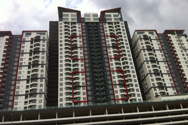 For Sale Condominium at Silk Residence, Bandar Tun Hussein Onn Freehold Unfurnished 3R/2B 390k