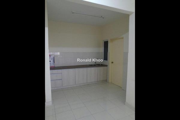 For Sale Condominium at Koi Kinrara, Bandar Puchong Jaya Leasehold Unfurnished 3R/2B 455k