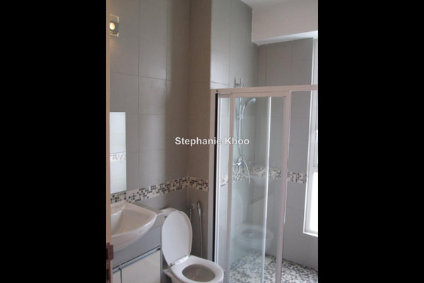For Sale Link at Taman Cheras Hartamas, Cheras Leasehold Semi Furnished 3R/3B 580k