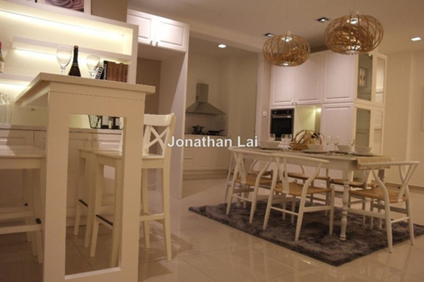 For Sale Condominium at Jadite Suites, Kajang Leasehold Unfurnished 3R/2B 598k