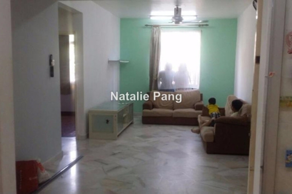 For Rent Apartment at Sri Pinang, Bandar Puteri Puchong Leasehold Semi Furnished 3R/2B 1.18k