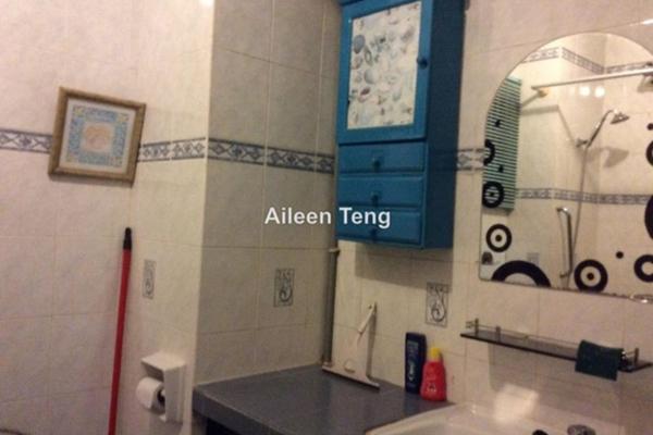 For Sale Condominium at Ridzuan Condominium, Bandar Sunway Leasehold Semi Furnished 3R/2B 365k