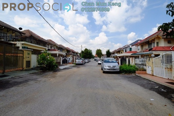 For Sale Terrace at BK5, Bandar Kinrara Freehold Semi Furnished 4R/3B 900k