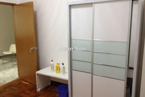 For Rent Condominium at Ridzuan Condominium, Bandar Sunway Leasehold Semi Furnished 3R/2B 1.2k