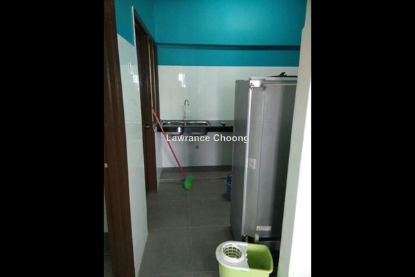 For Sale Apartment at Aman Puri, Kepong Leasehold Semi Furnished 2R/2B 370k