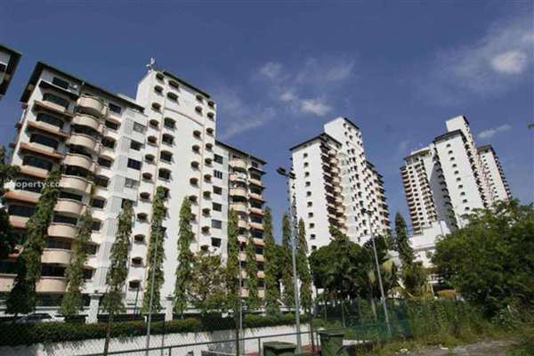 For Sale Condominium at Desa Kiara, TTDI Leasehold Fully Furnished 3R/2B 640k