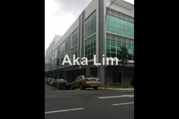 For Rent Shop at Bandar Baru Sri Petaling, Sri Petaling Leasehold Unfurnished 0R/0B 8k