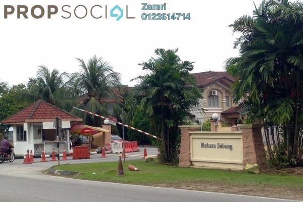 For Sale Terrace at Taman Mutiara Subang, Subang Freehold Unfurnished 4R/3B 540k