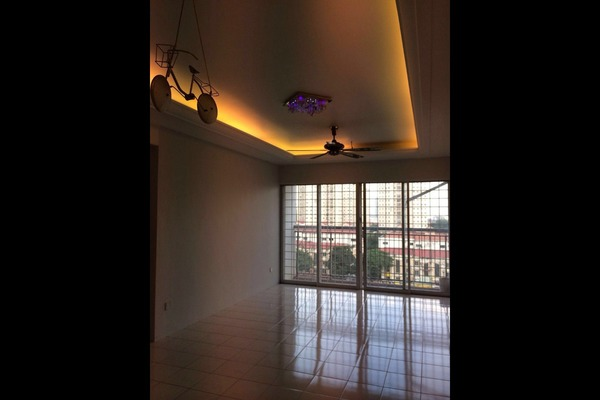 For Sale Condominium at Plaza Medan Putra, Bandar Menjalara Freehold Semi Furnished 4R/2B 410k