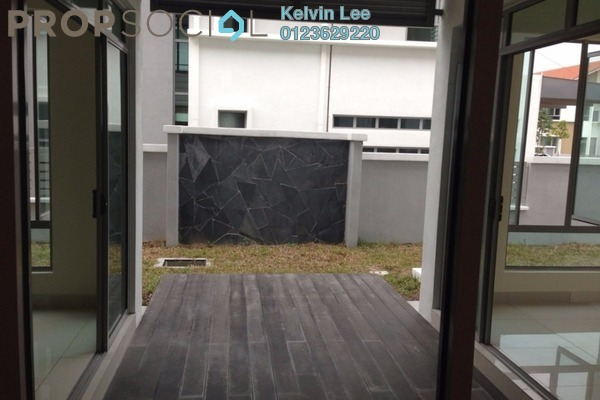 For Sale Semi-Detached at Cahaya Villa, Seri Kembangan Freehold Unfurnished 7R/7B 1.6m