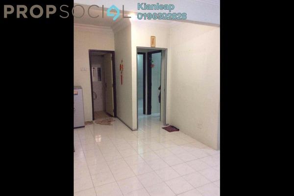 For Sale Apartment at Vista Pinggiran, Bandar Putra Permai Leasehold Semi Furnished 3R/2B 285k