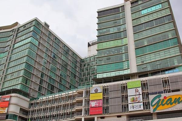 For Rent Condominium at First Subang, Subang Jaya Freehold Fully Furnished 0R/1B 1.55k
