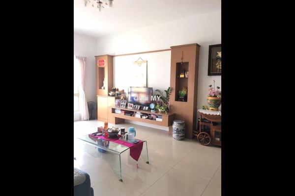 For Sale Condominium at East Lake Residence, Seri Kembangan Leasehold Semi Furnished 3R/2B 490k