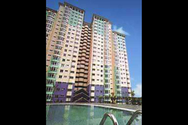 For Sale Condominium at Endah Regal, Sri Petaling Leasehold Semi Furnished 3R/2B 366k