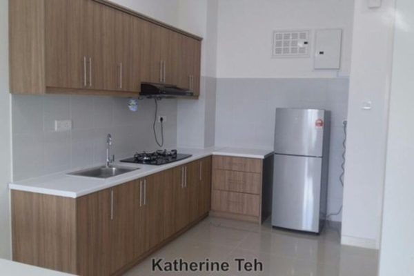 For Rent Condominium at Green Terrain, Cheras South Freehold Semi Furnished 3R/1B 1.45k