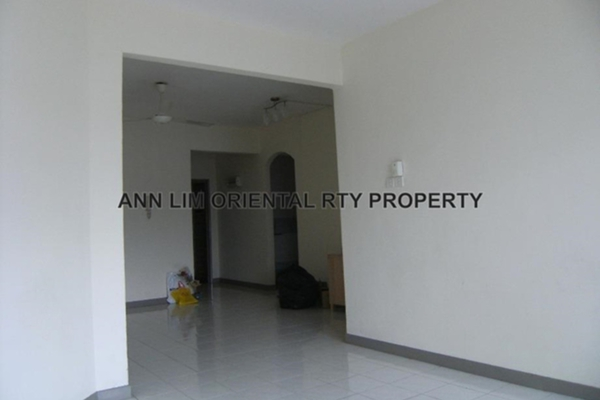 For Sale Condominium at Bukit OUG Condominium, Bukit Jalil Leasehold Semi Furnished 3R/2B 425k
