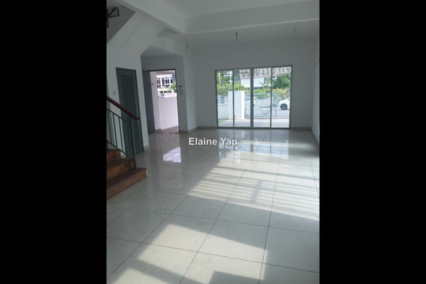 For Sale Semi-Detached at Bandar Parklands, Klang Freehold Semi Furnished 3R/4B 980k