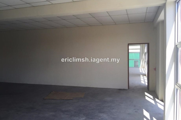For Sale Factory at Section 36, Shah Alam  Unfurnished 1R/2B 3.9m