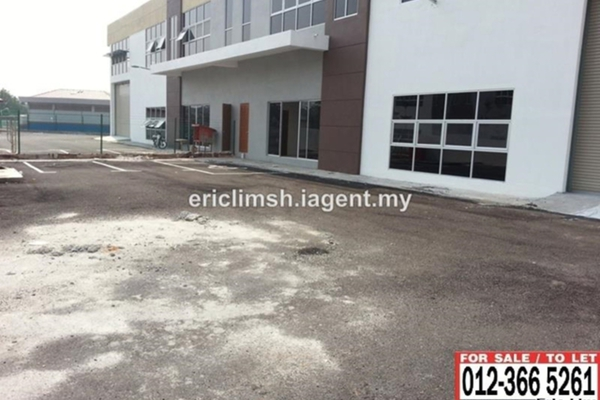 For Rent Factory at Section 36, Shah Alam  Unfurnished 1R/2B 12.5k