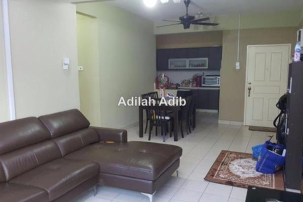 For Sale Apartment at D'Rimba, Kota Damansara Leasehold Semi Furnished 3R/2B 450k