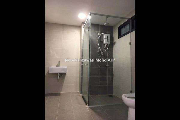 For Rent Condominium at Solstice @ Pan'gaea, Cyberjaya Leasehold Semi Furnished 2R/2B 2.2k