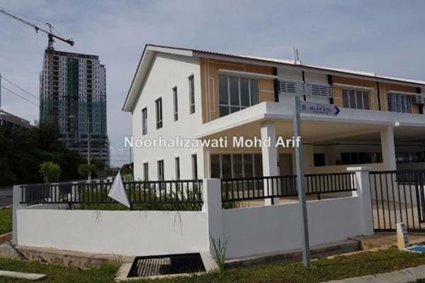 For Rent Terrace at Bandar Rinching, Semenyih Freehold Semi Furnished 3R/3B 900translationmissing:en.pricing.unit