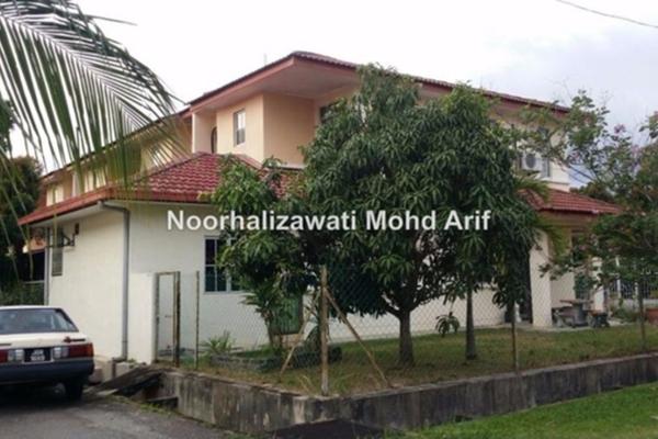 For Sale Terrace at Bandar Tasik Kesuma, Semenyih Freehold Semi Furnished 4R/3B 550k