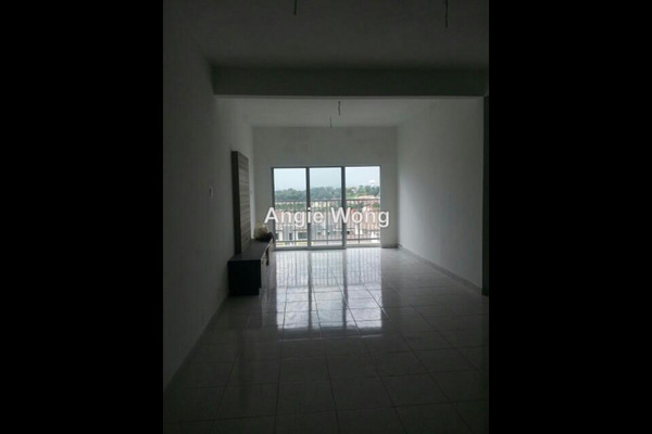 For Rent Apartment at Prima Saujana, Kajang Freehold Semi Furnished 3R/2B 700translationmissing:en.pricing.unit