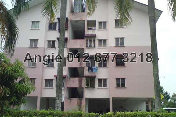For Rent Apartment at Taman Anggerik Villa, Kajang Freehold Semi Furnished 3R/1B 560translationmissing:en.pricing.unit