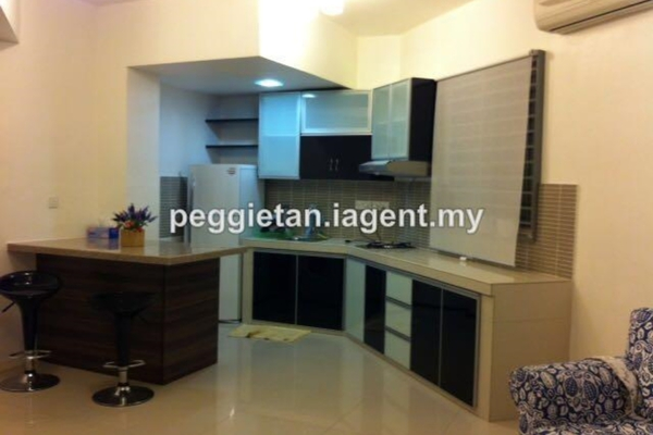 For Rent Condominium at Saujana Residency, Subang Jaya Leasehold Semi Furnished 2R/2B 2.8k