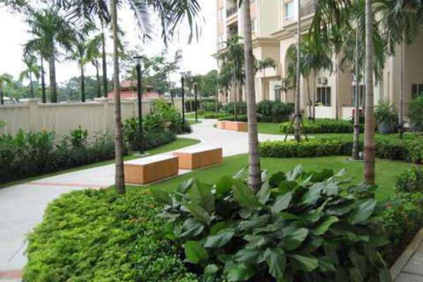For Rent Condominium at The Boulevard, Subang Jaya Leasehold Semi Furnished 2R/3B 2.2k