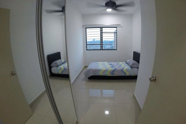 For Rent Serviced Residence at Alam Sanjung, Shah Alam Freehold Semi Furnished 3R/2B 2.4k