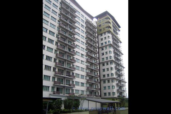 For Rent Condominium at First Subang, Subang Jaya Freehold Fully Furnished 1R/1B 1.6k