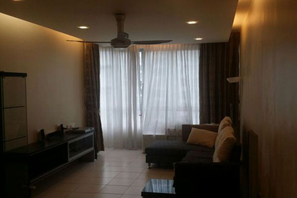 For Sale Condominium at The Tamarind, Sentul Freehold Semi Furnished 3R/2B 625k